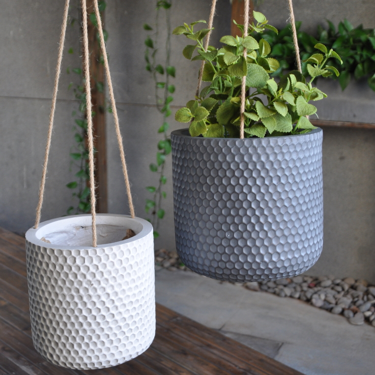 hanging_planters_2